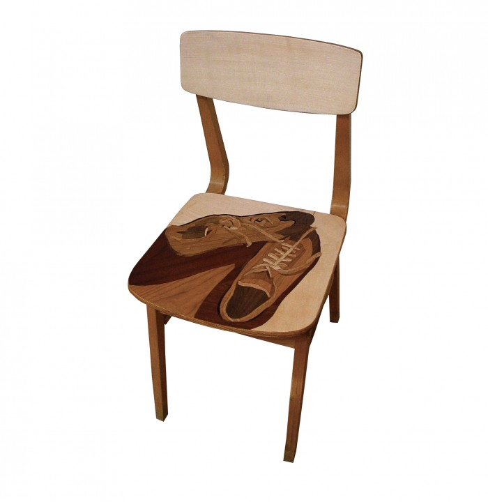 Unknown Striker's Chair | Ismeretlen csatár széke_01